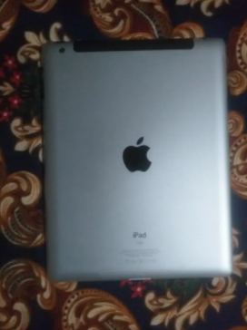 Apple iPad 3 WiFi  full tablet is available for sale